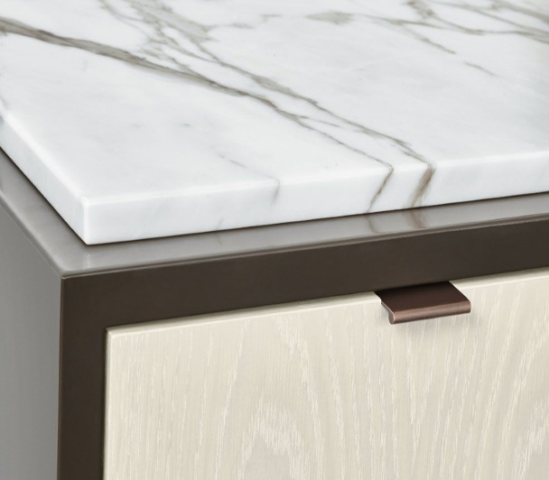 Calacatta white marble center serving section